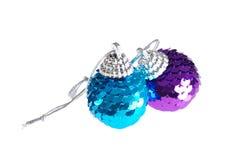 den blåa julen smyckar purple Royaltyfria Foton