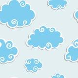 den blåa kanten clouds seamless white för modell Royaltyfria Bilder