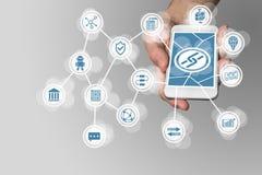 Den Blockchain symbolen som visas på pekskärm av modernt, ilar telefonen som exemplet för fena-tech företag Fotografering för Bildbyråer