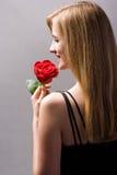 den blonda röda romantiker steg Arkivfoto