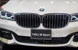 Den BMW 740Li M Sport bilen som framläggas på Nagoya, bilar showen 2015 i Nagoya, Japan arkivbild
