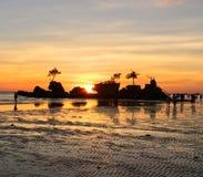 den boracay ön philippines kopplar av solnedgång Arkivfoton
