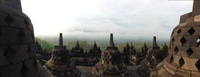 Den Borobudur tempelpanoraman Fotografering för Bildbyråer