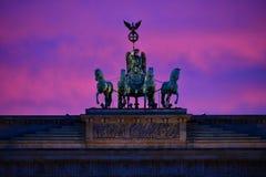 Den Brandenburg porten - BerlÃn, monument, Berlin arkivfoton