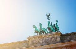 Den Brandenburger toren, Brandenburger port i Berlin, Tyskland Turist- dragning arkivfoton