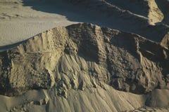 Den branta berglutningen Arkivfoto