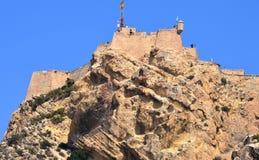 Den branta klättringen till Santa Barbara Castle Royaltyfri Bild