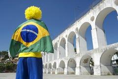 Den Brasilien flaggamannen Lapa välva sig Rio Brazil Arkivbild