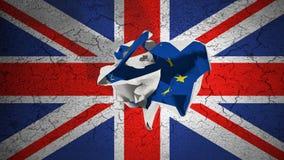 Den Brexit rullningen skrynklade papper med den blåa EU-flaggan för europeisk union på den grungeStorbritannien UK flaggan Fotografering för Bildbyråer