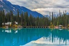 den brittiska Kanada columbia smaragdlaken lokaliserade nationalparkyoho Fotografering för Bildbyråer