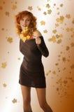 den bruna klänningen låter vara yellow Arkivbilder
