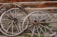 Den brutna vagnen rullar Arkivbild