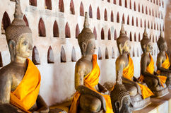 Den BuddhabildWat Si Saket templet är en forntida buddistisk tempel i Vientiane Royaltyfri Bild