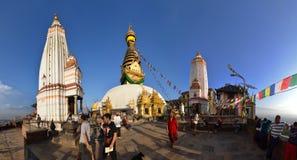 Den buddistiska Swayambhunath stupaen. Nepal Arkivfoto