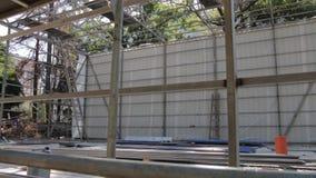 Den byggande metallramen stock video