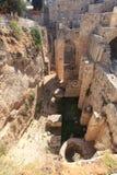 Den bysantinska kyrkan fördärvar vid pölen av Bethesda Arkivfoton