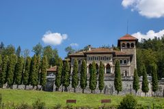 Den Cantacuzino slotten royaltyfria bilder