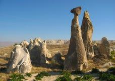 Den Cappadocia fen Chimneysvaggar formationnärliggande Goreme i Turkiet Arkivbild
