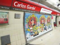 Den Carlos Gardel gångtunnelen posterar i Buenos Aires, Argentina. Fotografering för Bildbyråer