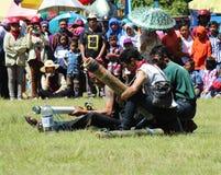 Den Carnaval kanonen gjorde ‹för †av bambu Fotografering för Bildbyråer