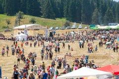 Den centrala delen av festivalen av Rozhen i Bulgarien arkivbild