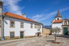 Den centrala fyrkanten i historiska Valenca gör Minho Royaltyfria Bilder