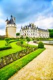 Den Chateau de Chenonceau Unesco gar den medeltida franska slotten och pölen Arkivfoton