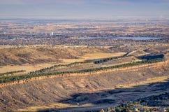 Den Colorado utlöparen och Loveland från Horsetooth vaggar fotografering för bildbyråer