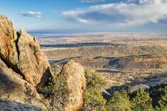 Den Colorado utlöparen och Loveland från Horsetooth vaggar arkivfoton