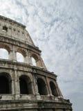 Den Colosseum yttersidan Royaltyfri Fotografi