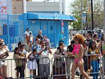 Den Coney Island sjöjungfrun 2013 ståtar 146 Arkivfoton