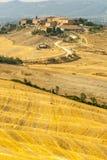 Den Crete senesien, kännetecken landskap i den Val d'Orciaen Royaltyfri Bild