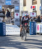 Den cyklistJens Voigt- Paris Nice prologen 2013 i Houilles Arkivfoton