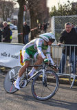 Den cyklistSimon Julien- Paris Nice prologen 2013 Arkivbilder