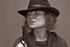 Den dödliga kvinnan. fotografering för bildbyråer