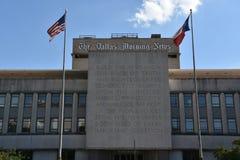 Den Dallas Morning News byggnaden i Texas royaltyfria bilder