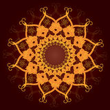 Den dekorativa rundan snör åt, cirklar prydnaden. Arkivfoto