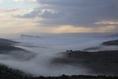 Den dimmiga dalen Royaltyfria Bilder