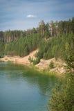 Den djupblå sjön Royaltyfri Fotografi