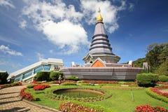 Den Doi Inthanon pagoden och härligt parkerar i Chiang Mai Arkivfoto