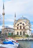 Den Dolmabahce moskén arkivbild
