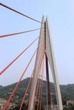 Den dongshuimen kabel-blivna bron arkivfoto