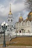 Den Dormition domkyrkan (antagandedomkyrka) i Vladimir, Ryssland Fotografering för Bildbyråer
