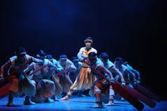 Den Dragon Boat Race-The i andra hand handlingen av dansdrama-Shawanhändelser av forntiden Royaltyfria Foton
