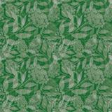 Den drog genomskinliga handen försilvrar rönnfilialer med bär Sömlös i lager vektormodell på grön bakgrund royaltyfri illustrationer