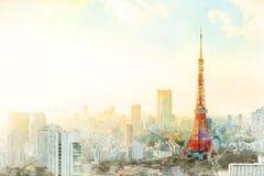 Den drog handen för den Tokyo tornblandningen skissar illustrationen royaltyfri bild