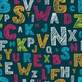 Den drog handen skissar den sömlösa modellen för alfabetet Flerfärgad bakgrund för vektor Royaltyfria Bilder