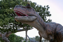 Den Dubai dinosaurien parkerar Arkivfoton