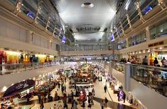 Den Dubai International flygplatsen är ett viktigt flygnav i Middlen Royaltyfria Bilder