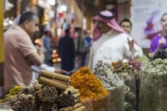 Den Dubai kryddan Souk eller den gamla Souken är en traditionell marknad i Duba Royaltyfri Bild